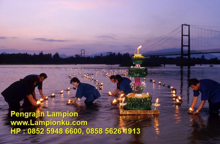 Lampionku.com - Festival Loi Krathong di Thailand,HP: 0852 5948 6600.