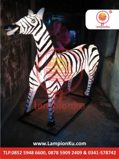 Lampion Bentuk Kuda ZEBRA di Bojonegoro, LampionKu.com