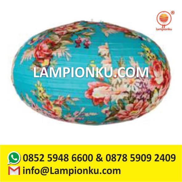 l-104-pengrajin-lampion-oval-di-jogja-pipih-motif-kain-bunga-biru